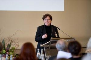 Dr. Ursula Sinnreich_Generalsekretärin Kunststiftung NRW (c)Susanne Diesner.jpg
